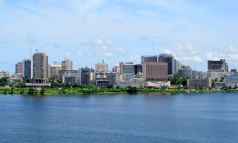 Vue sur la lagune D'Abidjan. Photo web